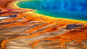 Grand Prismatic Spring by Hannes Ortmann